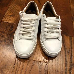 Used Frye Women's Ivy Low Lace Fashion Sneaker in White Size 7.5